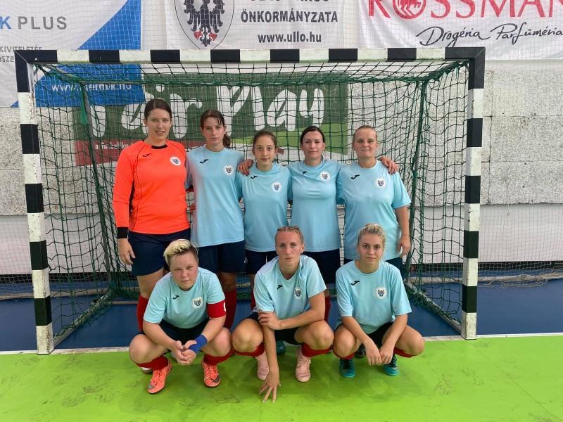 Futsalozott 3/4 pályás női csapatunk