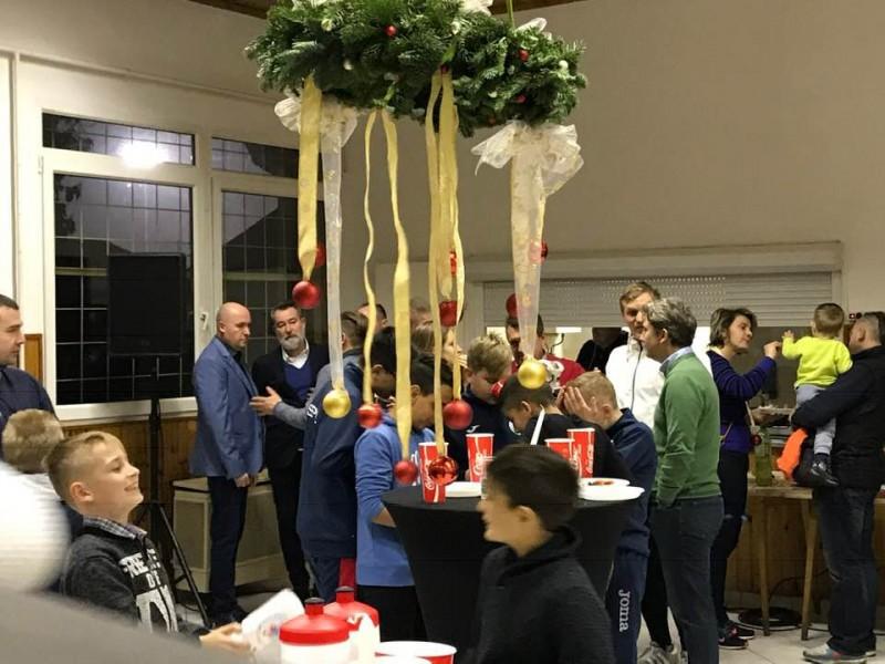 Karácsonyi állófogadással zártuk az évet